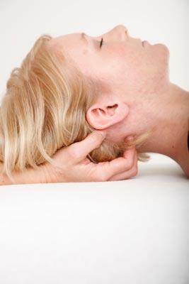 Osteopathie – Lösen der suboccipitalen Muskeln