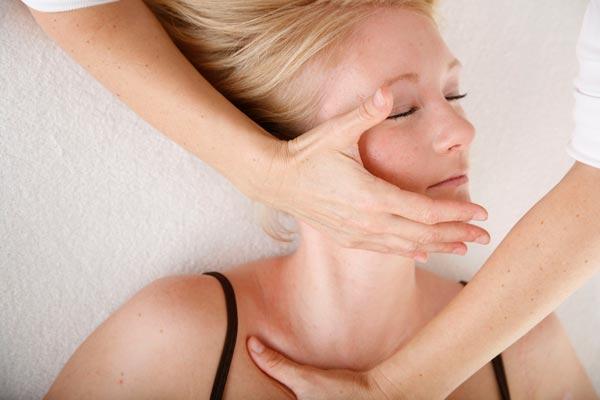 Osteopathie – Faszientechnik an der oberen Thoraxöffnung